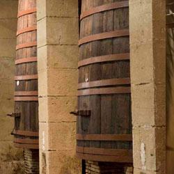 Bodegas Riojanas sala tinos